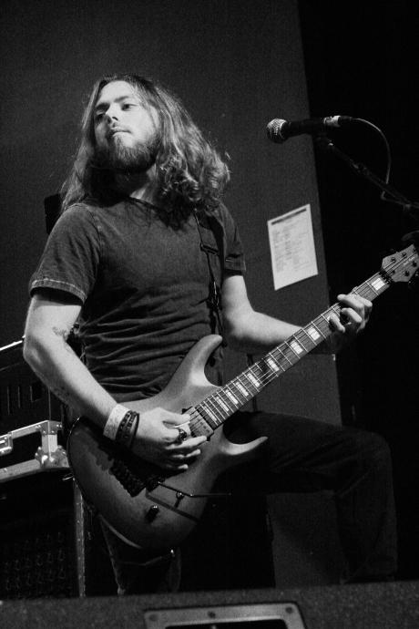 STH guitar2